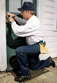 locksmith job description